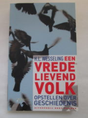 Een Vredelievend Volk - H.L. Wesseling