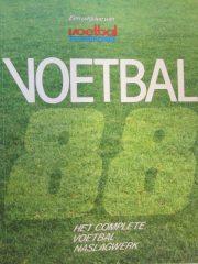 Voetbal 88 – Het complete voetbal naslagwerk