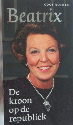 Beatrix, De kroon op de republiek